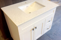 Painted Shaker Style Vanity with Quarz Counter Top